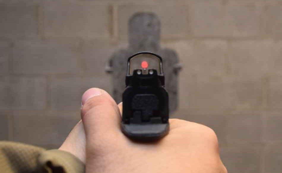 Red Dot sight aiming at target