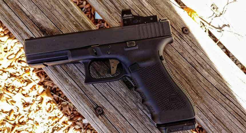 A Glock 17 on its side