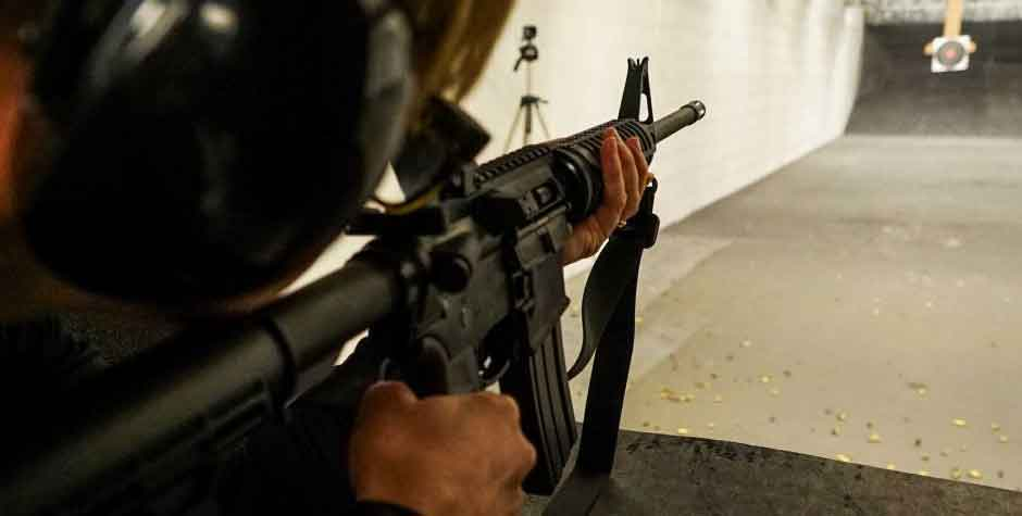 an AR15 being hot on an indoor range