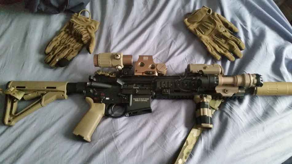 An HK416 on a cloth