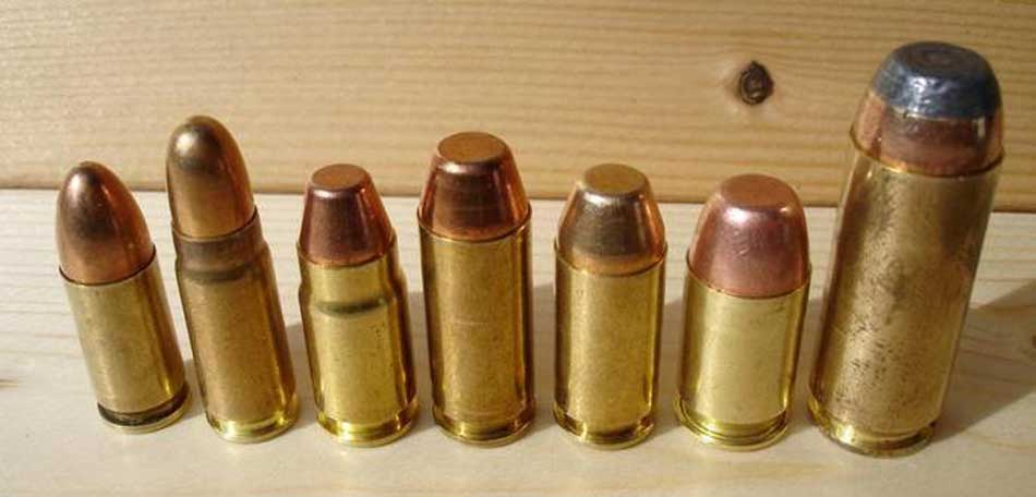 a side view of 9mm ammunition